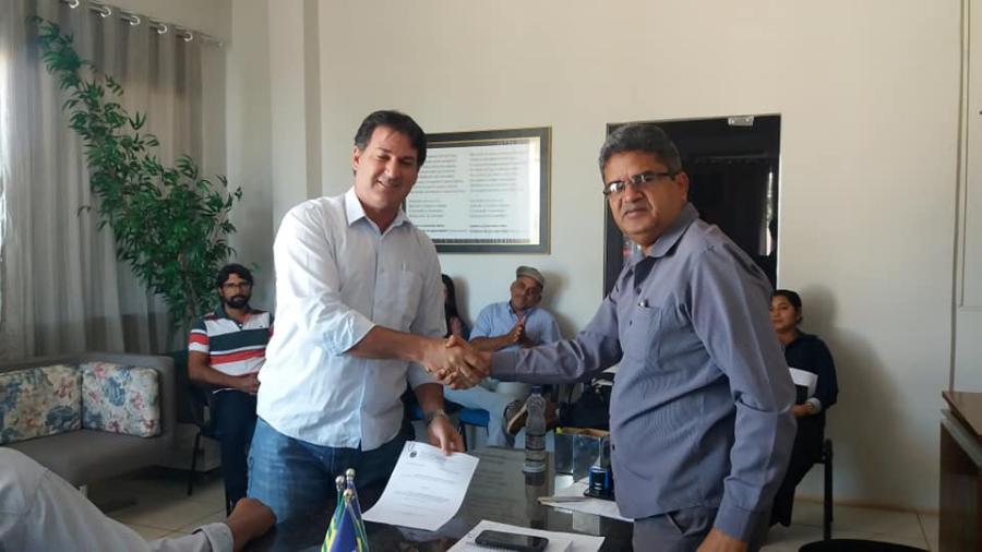 Novo Secretario de Saúde de Corrente é Dionísio Jr.e já foi empossado pelo prefeito Murilo