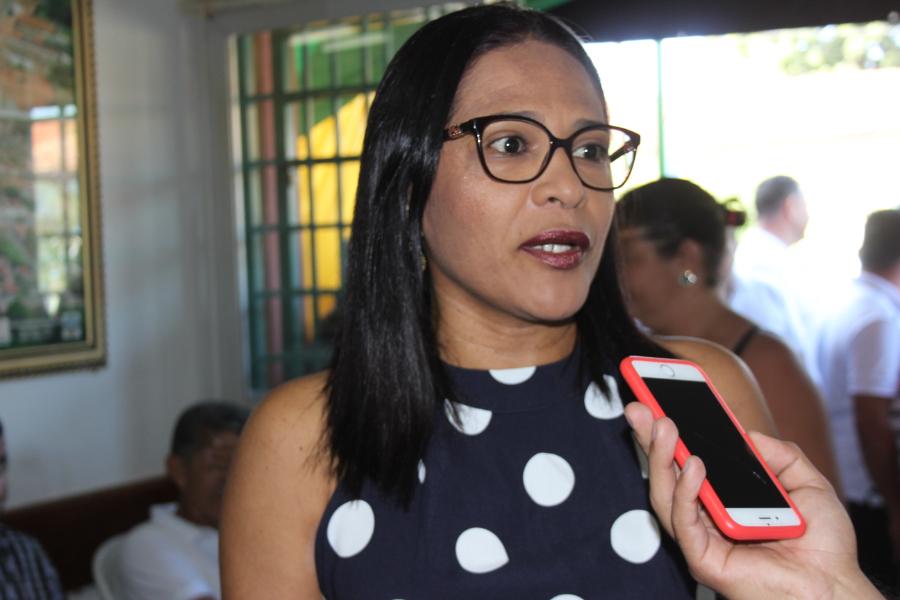 Secretária de Educação (Ivonete Rocha)